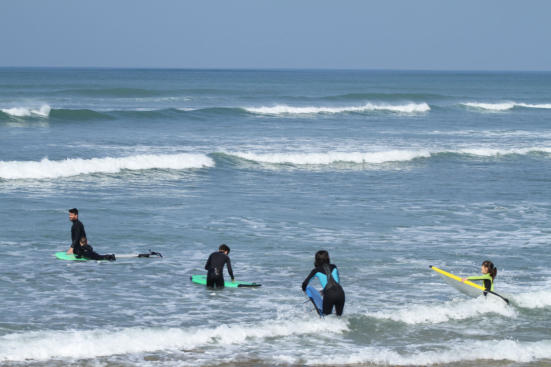 enjoy ecole surf oléron - mise a l eau